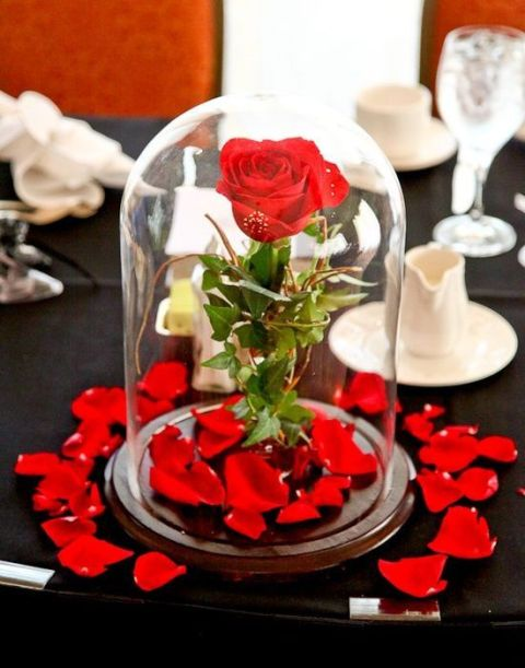 30-charming-disney-wedding-theme-ideas-11