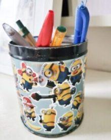 Pot à crayon : méthode de désencombrement du bureau de la maison