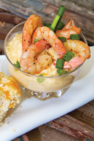 Tacky Jacks Shrimp and Cheese Grits | Faith, Hope, Love, and Luck Survive Despite a Whiskered Accomplice