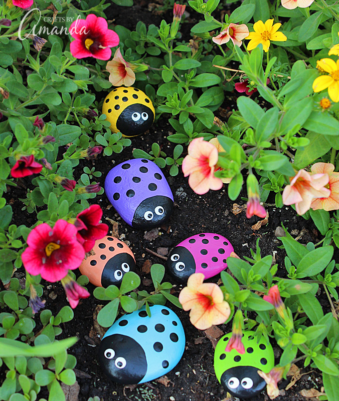 Ladybug Painted Rocks - Crafts by Amanda