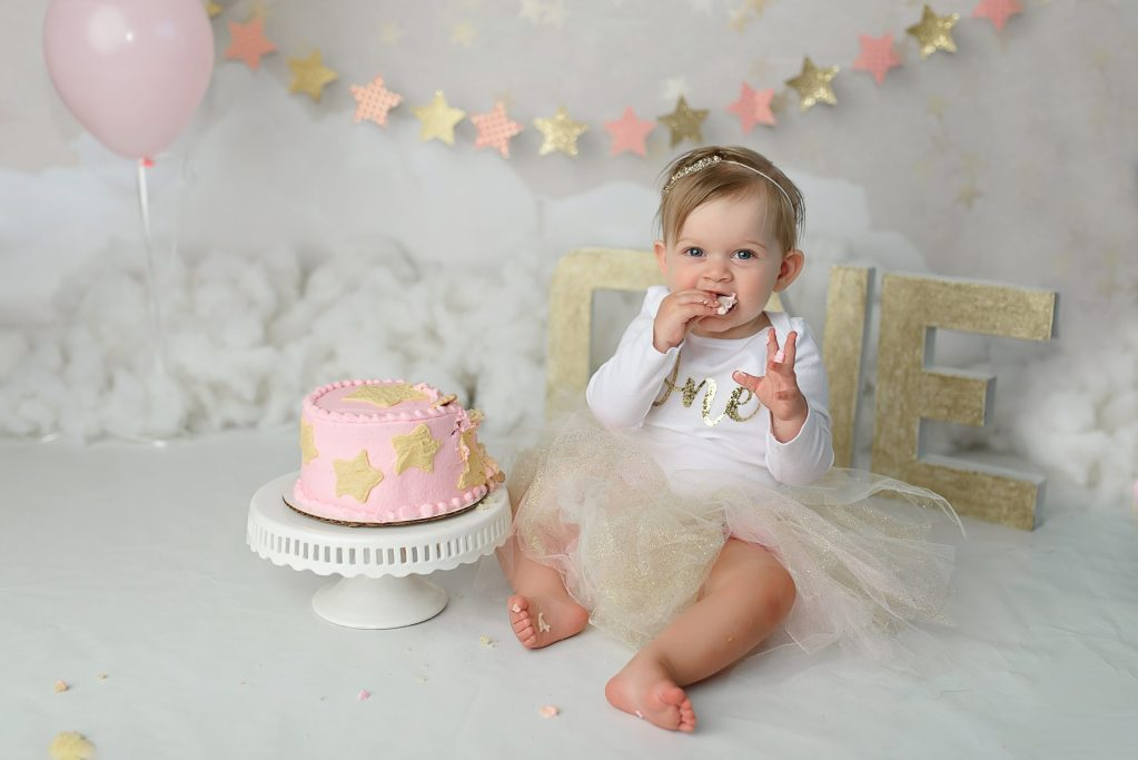 twinkle little star cake smash