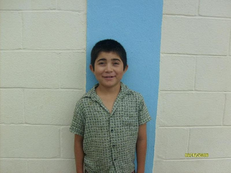 A boy in Reynosa with a vision problem