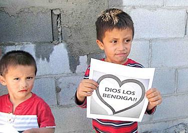 Kids say Dios Los Bendiga
