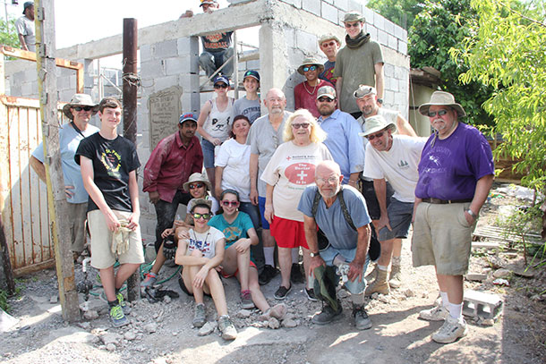 Pablo and Elizabeth with the team who built their house in Reynosa