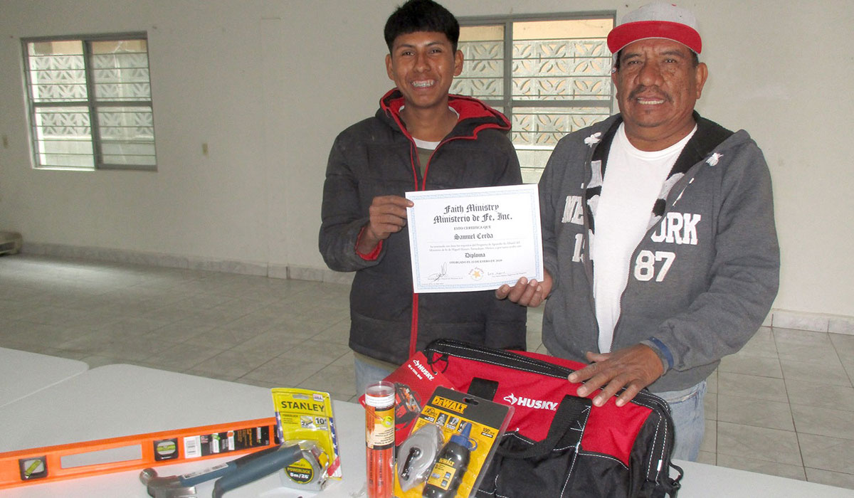 Our apprentice in Miguel Aleman graduating from the foreman apprenticeship program
