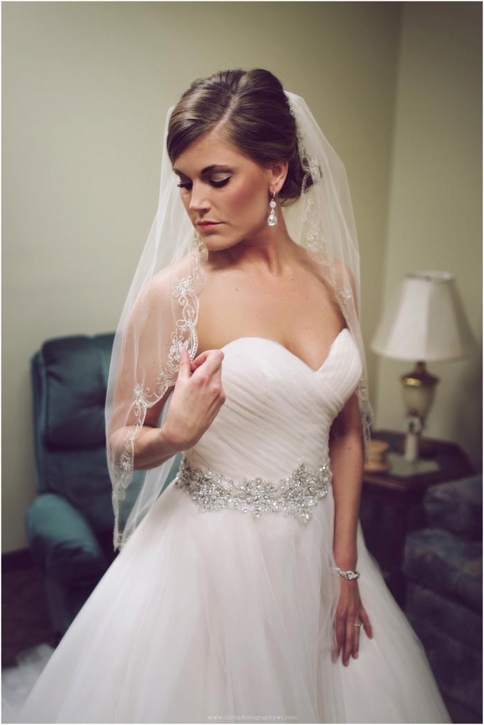 wedding-photographers-waukesha-wi_0016