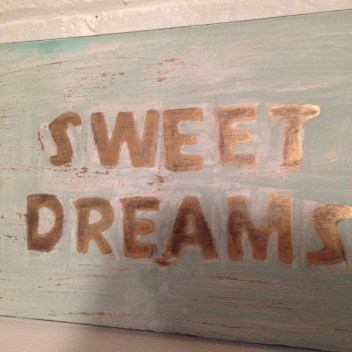 sweet dreams sign