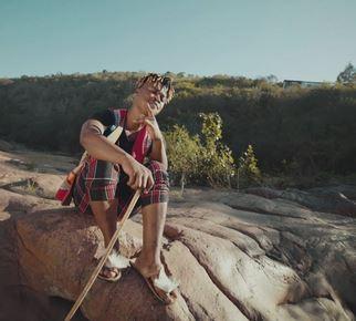 Mlindo The Vocalist – Emacin Guitar Mp3 Download Fakaza
