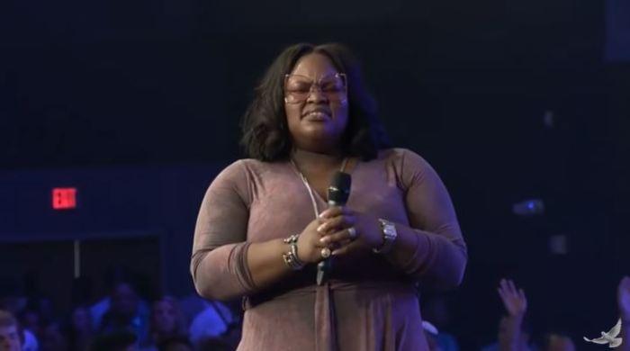 Tasha Cobbs Leonard - For Your Glory
