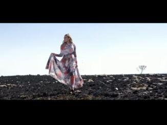 Karlien Van Jaarsveld - Dans In Die Reën Mp3 Download