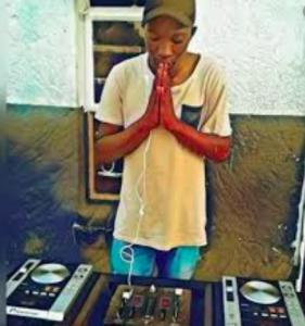 Kelvin Momo – Jaivane (Main Mix)
