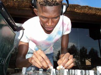 DJ Shima & N-kay Deep – No One Can Stop Us (Revisit)