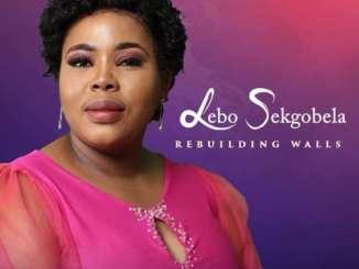 Lebo Sekgobela – Rebuilding Walls (Live)