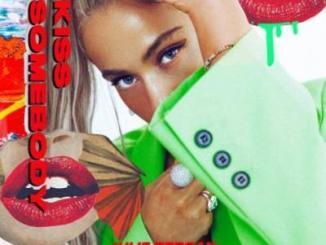Julie Bergan & Seeb Kiss Somebody Mp3 Download