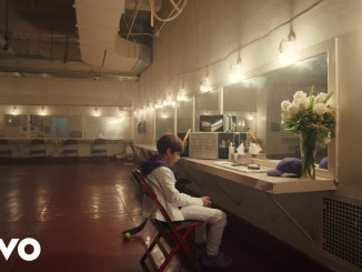 Justin Bieber & benny blanco Lonely Video Download