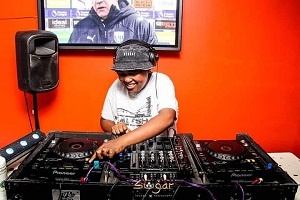 uBizza Wethu & Listor Last Born Mp3 Fakaza Music Download