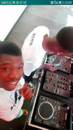Absolute Lux_Mr427 – 25 Jump Kasi (GhettoPitori Gruv) Mp3 Download
