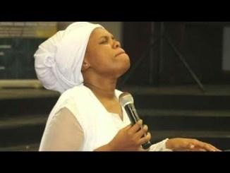 Sphumelele Mbambo YEHLIS' UMLILO MANJE