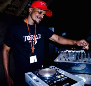 Soa Mattrix Ft Soulful G – Uthando (TorQue MuziQ & Kamza Heavypoint Remix)