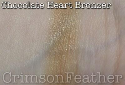 I-Heart-Revolution-Chocolate-Heart-Bronzer-Swatch