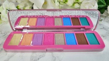 Revolution-Beauty-GWP-Brave-Spirit-Palette