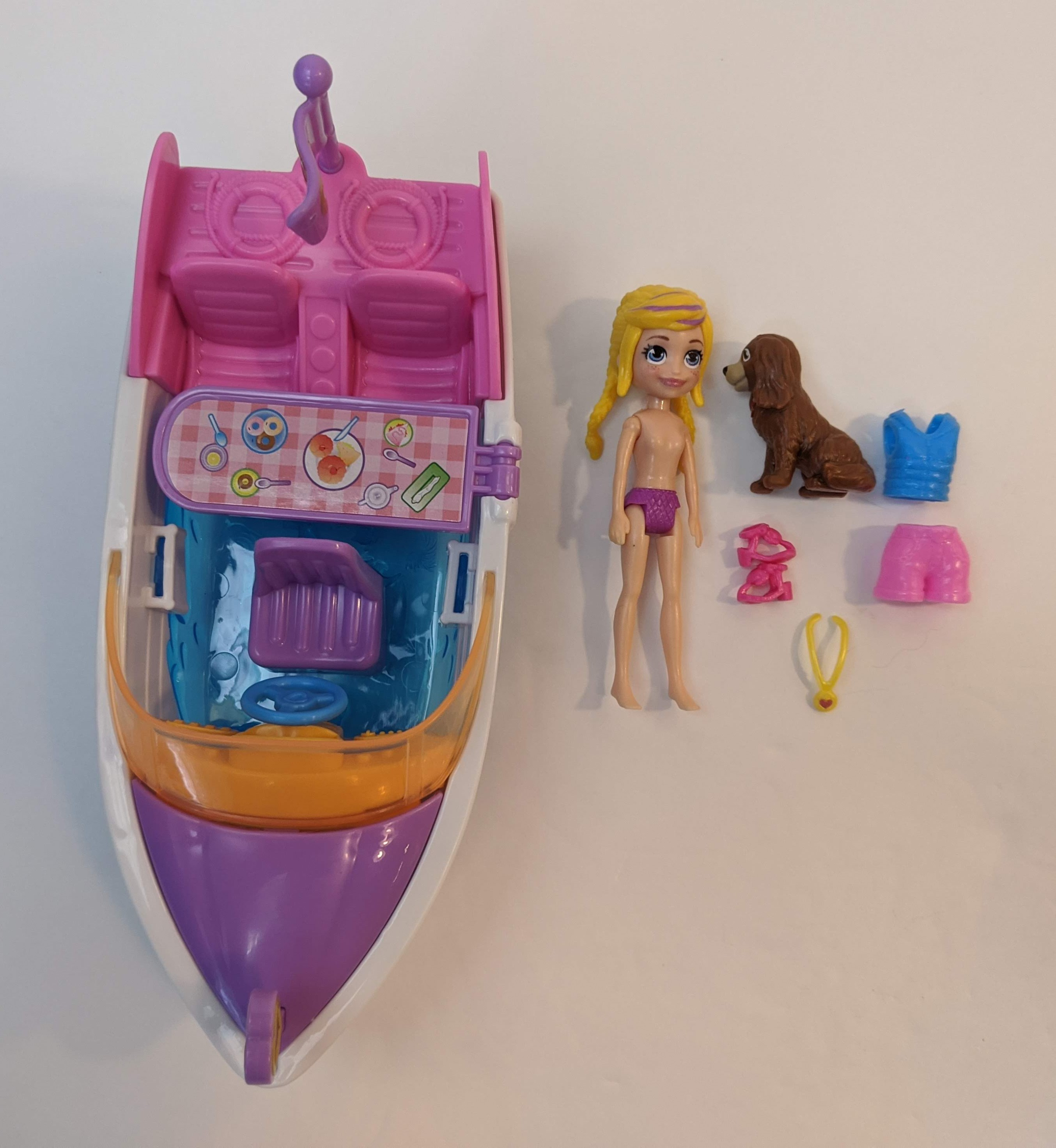 NEW Polly Pocket Ahoy Adventure Speedboat Vehicle /& Figures With Dog