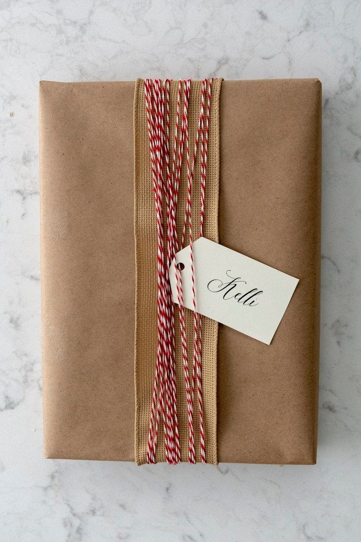 Christmas Gift Wrapping with Baker's Twine & Kraft Paper