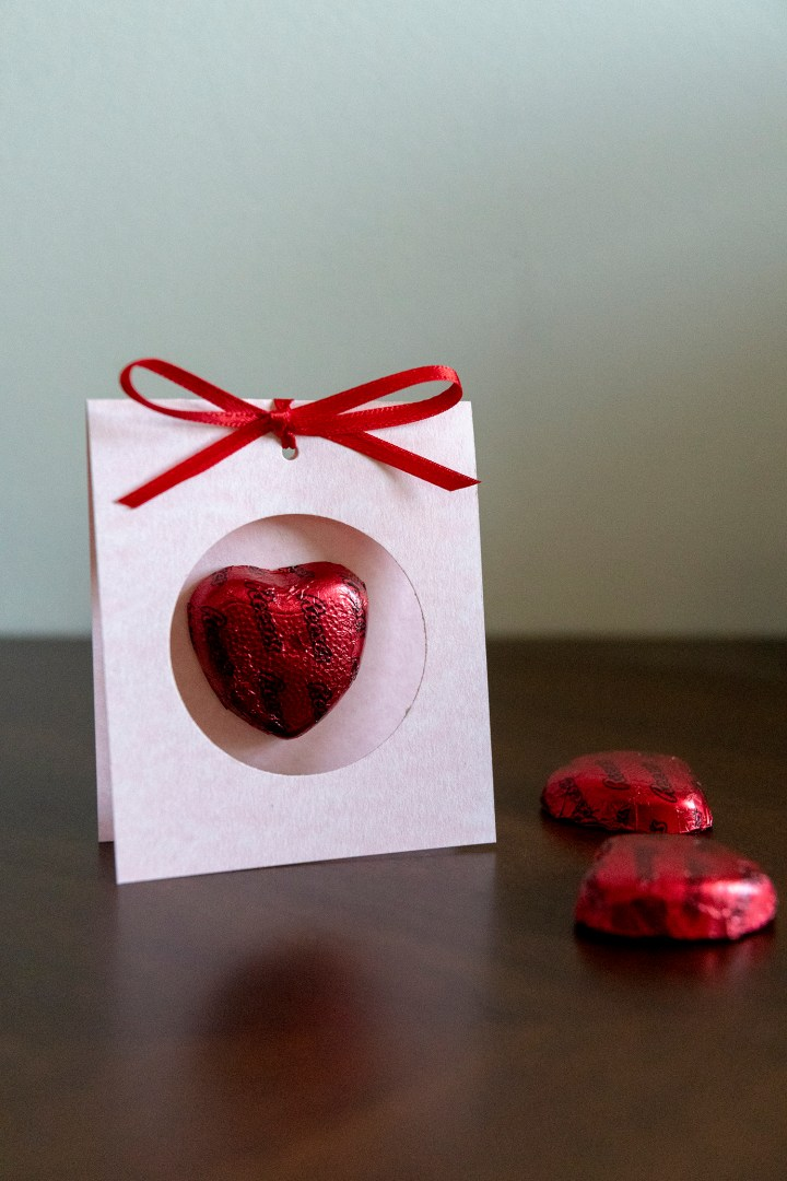 DIY Chocolate Heart Valentine Card