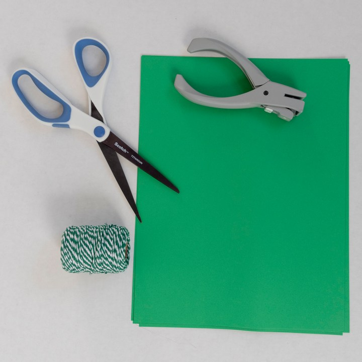 How to make a shamrock bunting