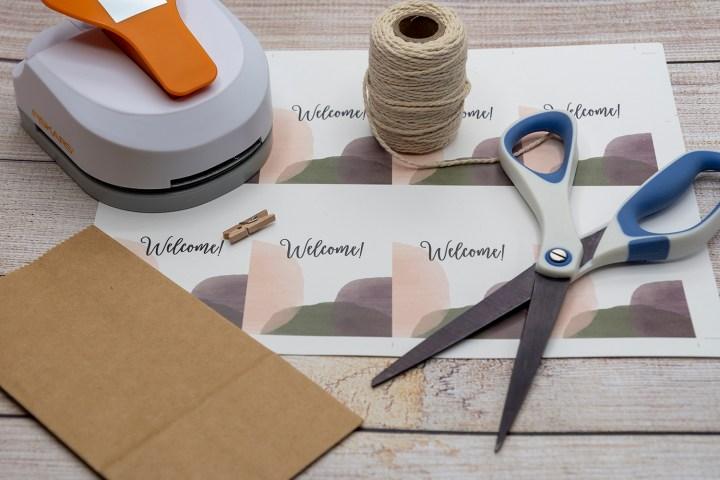 Printable welcome tags