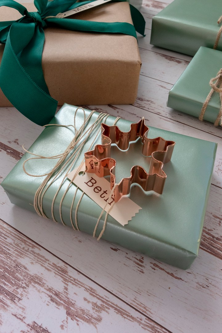 Christmas Gift Wrapping Idea Using Copper Cookie Cutters