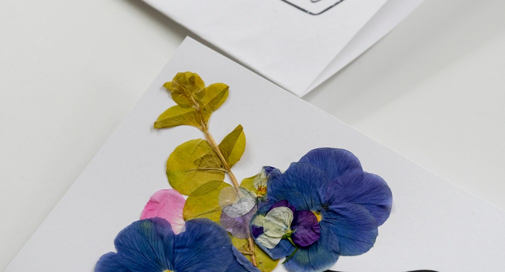 Make a Card with Pressed Flowers