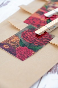 Beautiful Wedding Favor Packaging with Kraft Paper