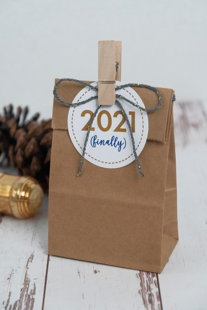 Free Printable 2021 New Year Gift Tags