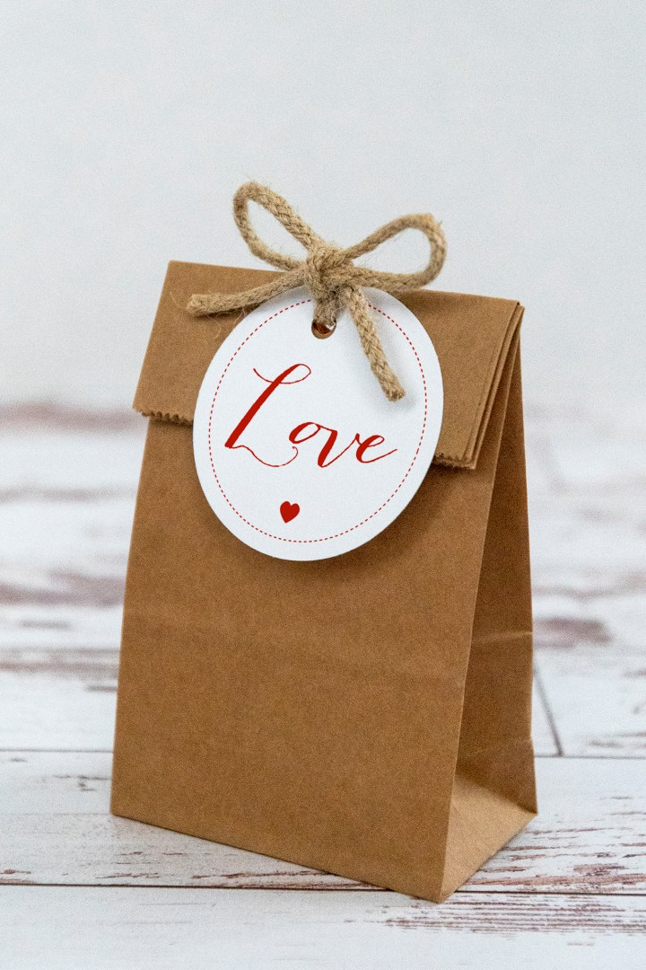 Valentine Love Free Printable Gift Tags