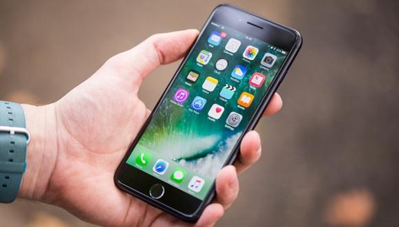 На российском рынке IPhone 8 Plus можно приобрести дешевле IPhone 8