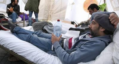 Германия пытается избавиться от беженцев