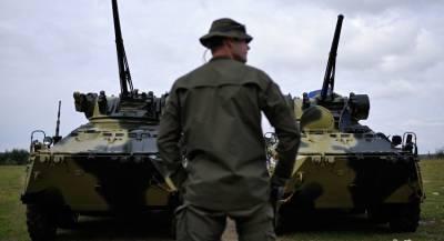 ЛНР: Киев разместил военную технику в жилых кварталах