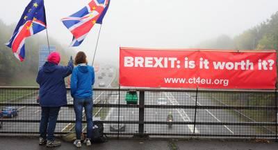 Туск захотел от Мэй конкретики по Brexit
