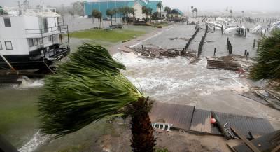 Ураган «Майкл» ослаб до первой категории