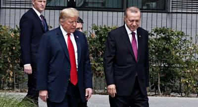 Эрдоган обсудил с Трампом ситуацию в сирийском Манбидже