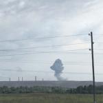 У Росії горить і вибухає військова частина, людей із сусідніх сіл евакуюють
