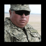 «Сєпар» в армії?!! Полковник ЗСУ наказав бійцям зняти українські прапори з техніки (відео)