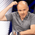 «ПроФФесор» Радуцький. Голова комітету зі здоров'я двічі помилився в назві COVID-19