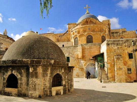 В Иерусалиме впервые за много веков вскрыли Гроб Господень ...