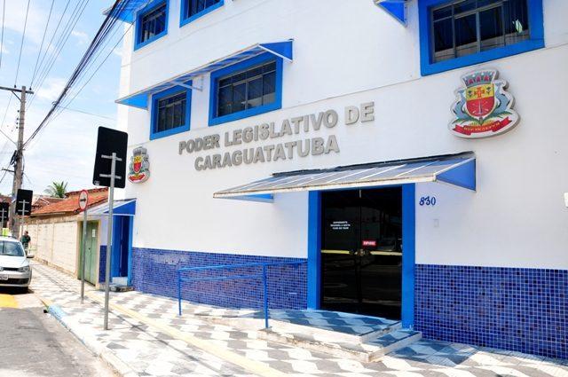 Câmara de Caraguatatuba recebe Prefeito para prestação de contas