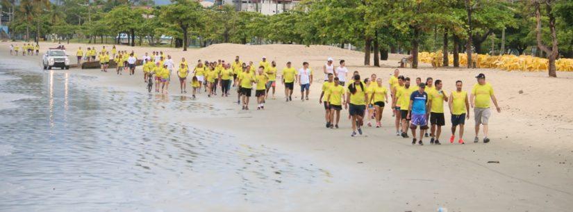 Projeto Verão no Clima tem início com caminhada e ações nas praias