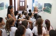 Alunos da rede pública visitam pontos turísticos e históricos de Caraguatatuba