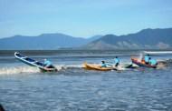22ª Corrida de Canoa Caiçara é neste domingo na praia do Centro em Caraguatatuba