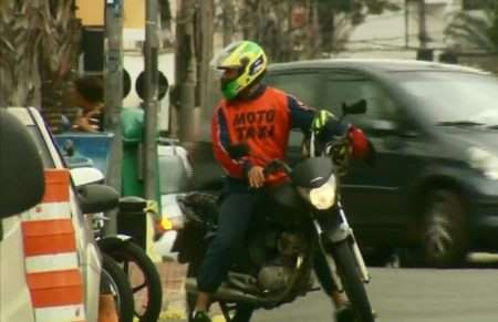 Justiça libera serviço de mototáxi na cidade de São Paulo